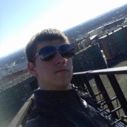 Я парень из Москвы. Ищу девушку для постоянных встреч